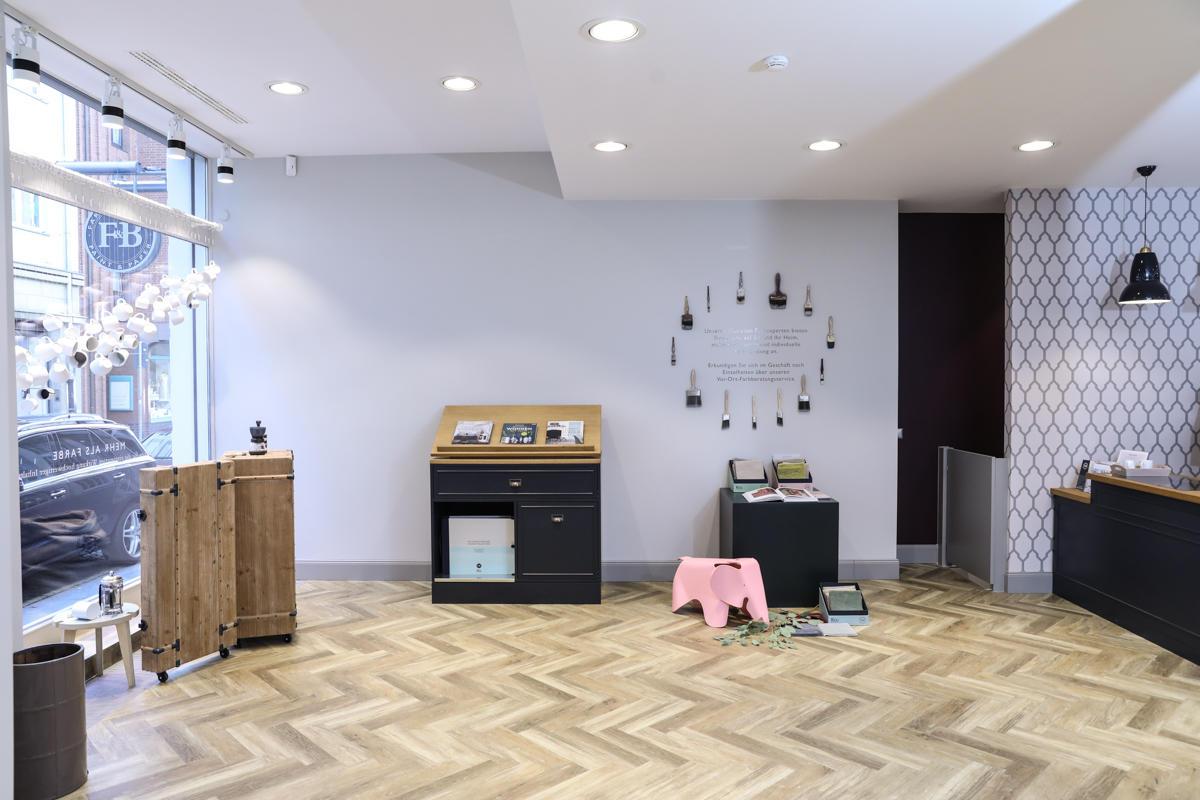 farrow and ball dsseldorf donghia elitis eric kuster farrow ball fausel biskamp antiques. Black Bedroom Furniture Sets. Home Design Ideas